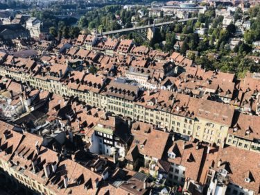 スイス旅行③~ベルン1日観光。ベルン大聖堂や時計塔、クマ公園、アインシュタインの家の感想~