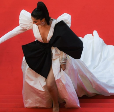 カンヌ国際映画祭2019最新画像一覧!豪華な衣装・ドレスをまとめてチェック!テイラー・ヒル、エル・ファニングなど
